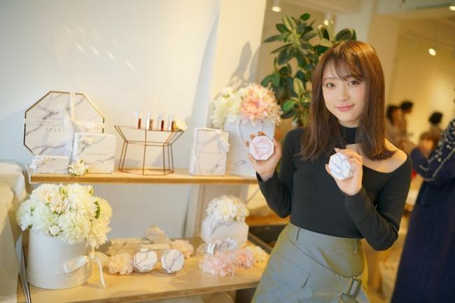 オシャレすぎる話題の韓国コスメDEAR DAHLIAが日本国内に本格上陸!