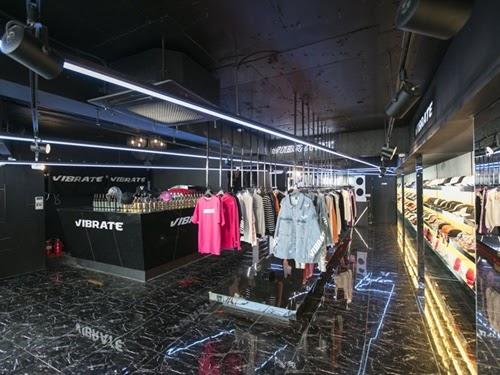 60%(シックスティーパーセント)への出店、販売を開始。日本初上陸
